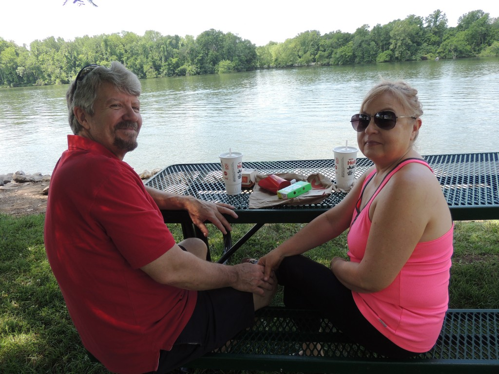 MEMORIAL DAY WEEKEND brought friends and families together in Benton County. John and Renee Conrad enjoyed a picnic at Drake Harbor in Warsaw.