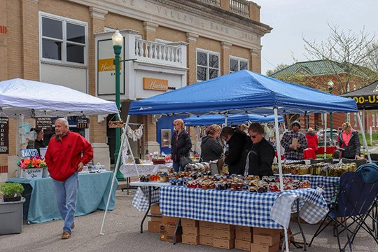 KEEPING MAIN STREET ON THE MOVE, the Warsaw Area Chamber of Commerce hosted an inaugural 2nd Saturday Open Market. The event drew hundreds of shoppers who perused area goods and services.